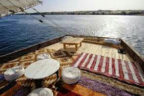 felucca sailling Nights aswan