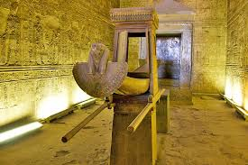Private Transfer : Aswan /Luxor visiting Kom Ombo and Edfu Temples